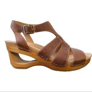 Dansko New Women's Sandal Trudy Leather Tan size 38